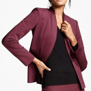 Suzy Shier Collarless Fitted Burgundy Blazer | S/M